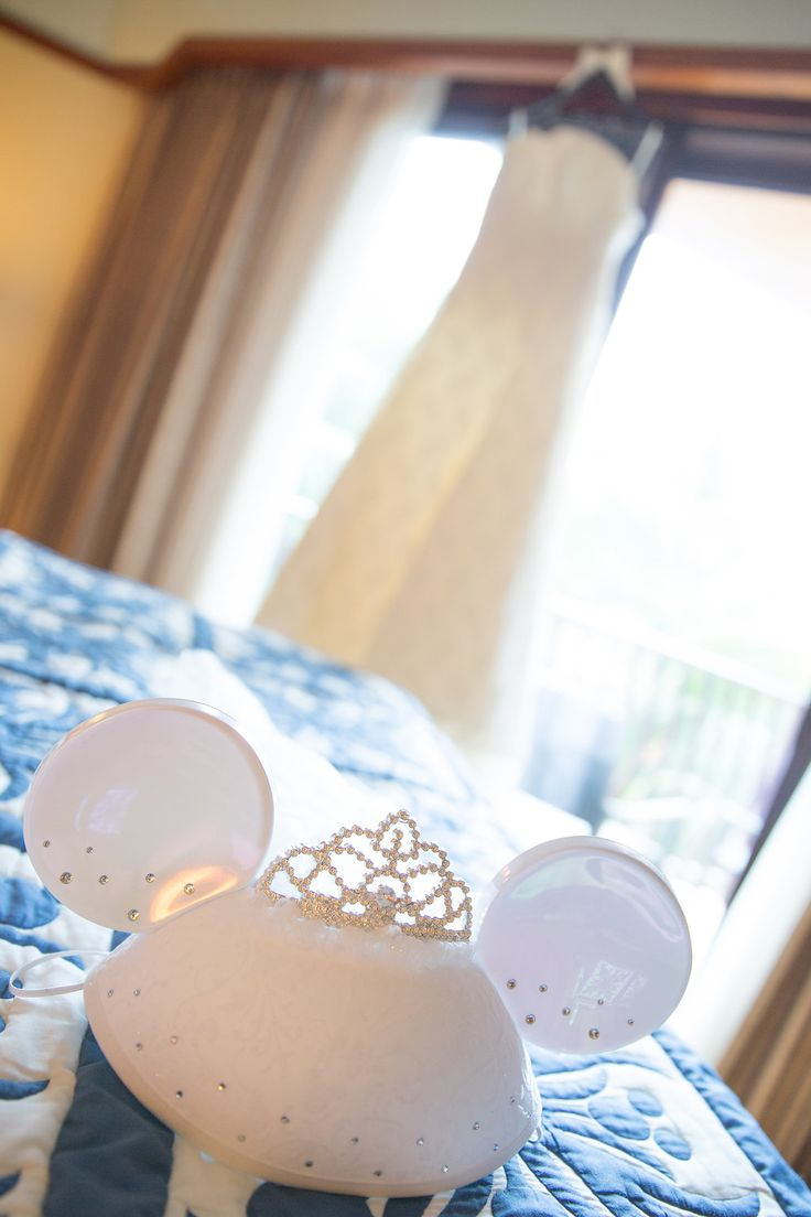 Bridal Minnie Mouse Ears make a wonderful wedding day accessory