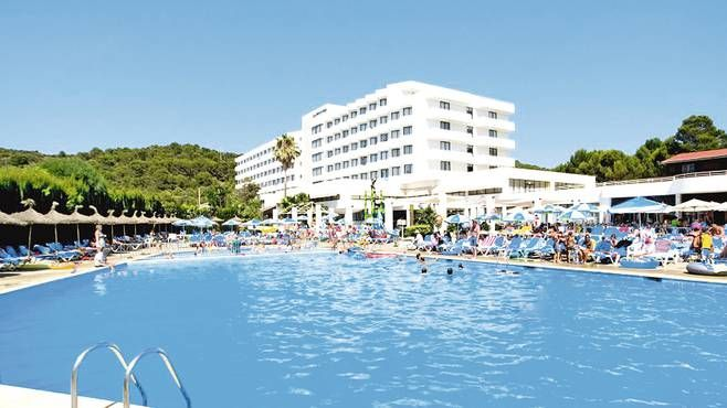 Stay at the Hotel Victoria Playa on your holiday. With a First Choice all inclusive holiday we do all the hard work so you don't have to. Book now.