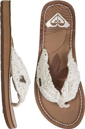 Roxy flip flops #shoes #sandals $32