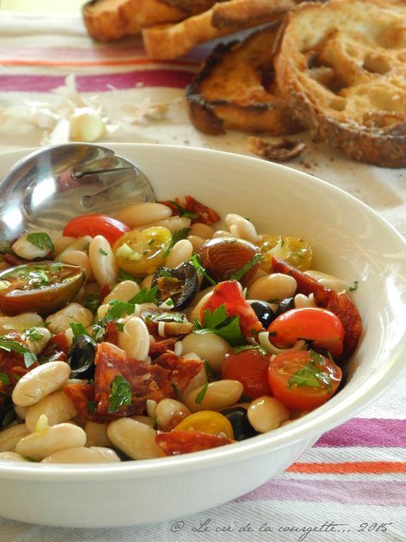 Salade de haricots tarbais, version Sud (tomates cerises, tomates séchées, chorizo, oignon)