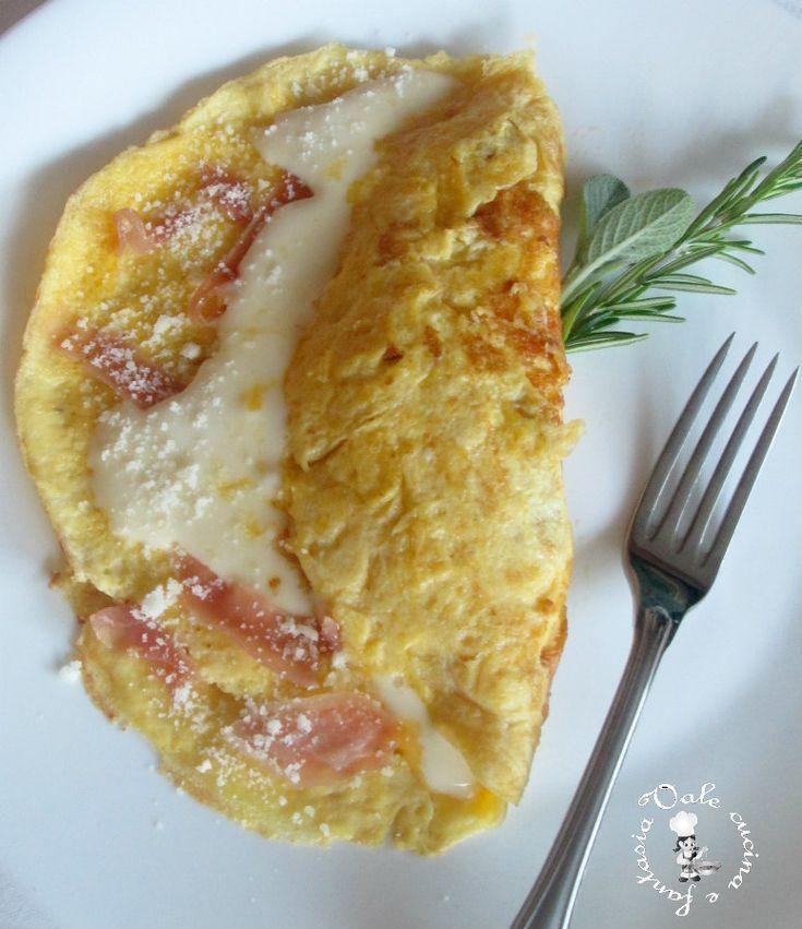 Omelette al prosciutto crudo e formaggio