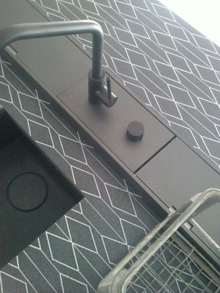 kitchen Boffi _ dettagli top in nerosicilia decorato