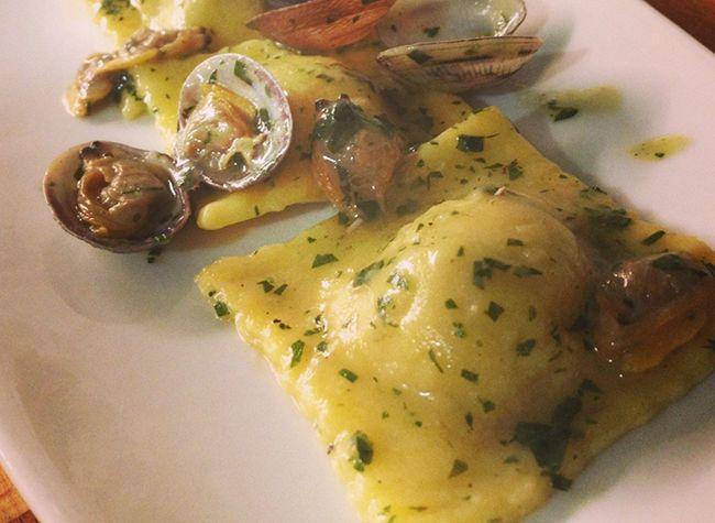 Tortelloni di carciofi al sugo di vongole veraci | Food Loft - Il sito web ufficiale di Simone Rugiati