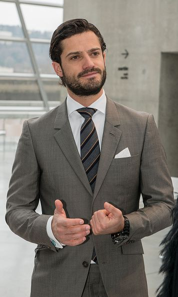 Royal fans are giving the thumbs up to Prince Carl Philip, who is set to marry on June 13
