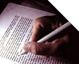 Nove Hasanah: Cara Menulis Resensi Buku
