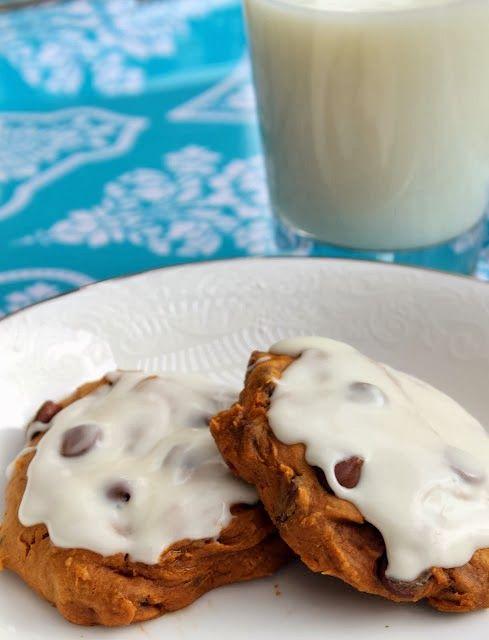 Easiest Pumpkin Chocolate Chip Cookies (Diet Friendly!)