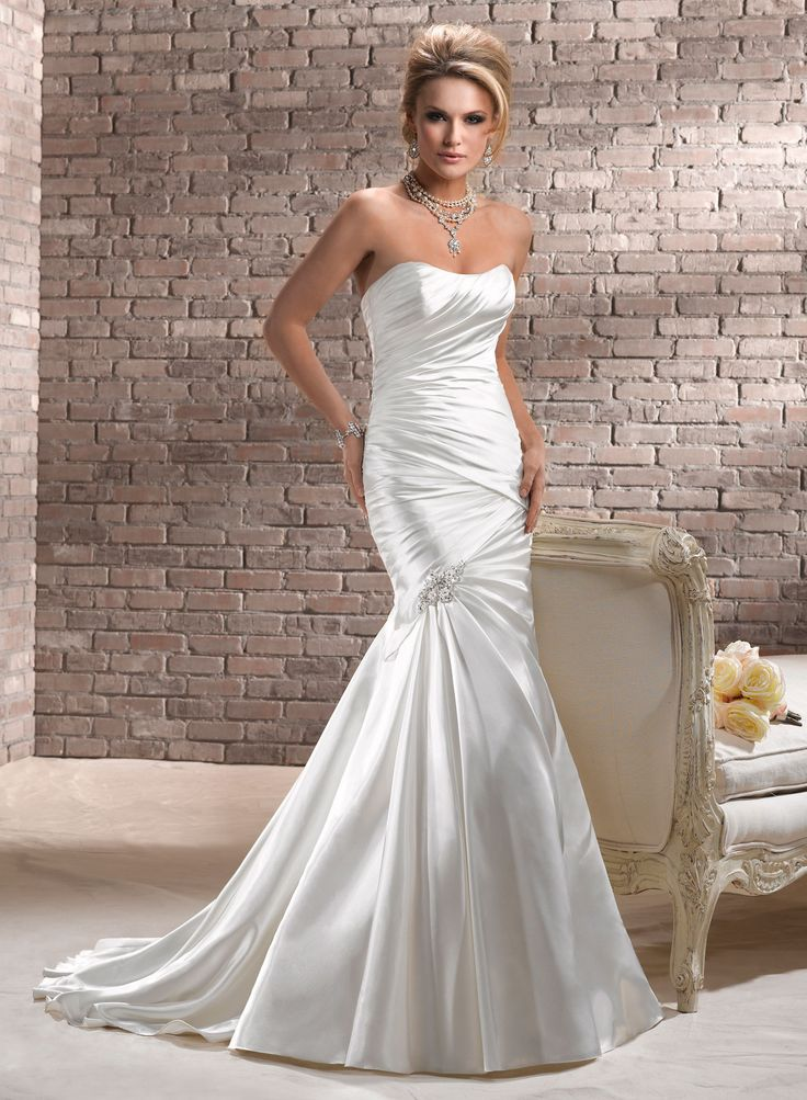 Perfect  best Wedding Dresses images on Pinterest Wedding dressses Wedding dress styles and Marriage