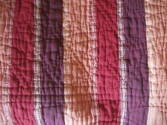 VINTAGE INDIAN QUILT throw bedspread 150 x 150 cm by BinkyLoveCat
