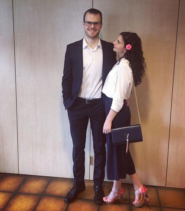 Wenn du wüsstest was es in mir macht wenn du lachst. Ein Lächeln von dir und die Welt ist wieder in Ordnung. #baby#loveyou#couple#couplegoals#konformation#celebrity#elegant#style#fashion#sunday#goodtime#qualitytime#myman#geogeous @mo0oriitz http://tipsrazzi.com/ipost/1509628332727401240/?code=BTzRvhjFPsY