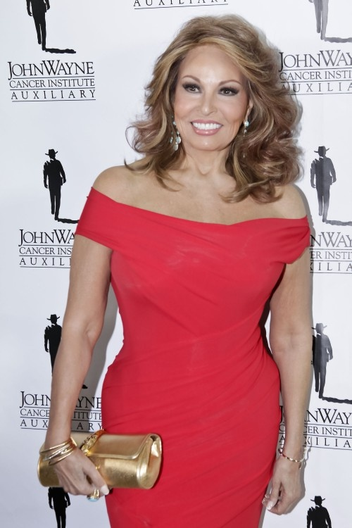 Raquel Welch...you are So beautiful