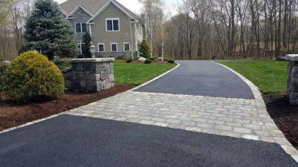 This Kind Of Photo Is A Very Inspiring And First Class Idea Drivewayextension In 2020 Driveway Edging Driveway Design Brick Driveway