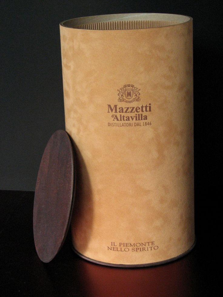 Cilindro per decanter rivestito in tessuto.  http://helpack.blogspot.it/