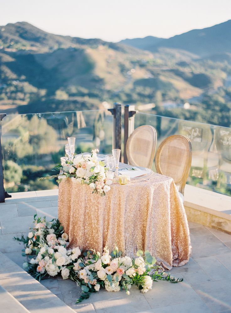 La Tavola Fine Linen Rental: New York Nude | Photography: The Great Romance, Event Planning: CCL Weddings & Events, Floral Design: Peony & Plum, Venue: Malibu Rocky Oaks, Rentals: Town and Country Rentals, Specialty Rentals: Etablir Shop