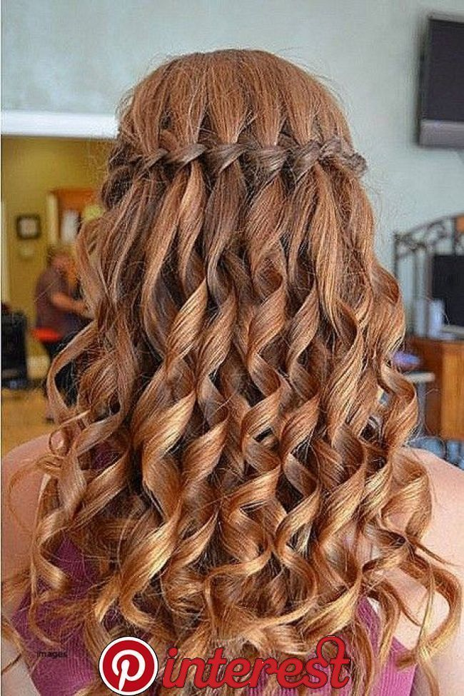Ball Cute Easy Frisuren Graduation Hairstyles In 2020 Hair Styles Easy Hairstyles For Long Hair Long Hair Styles