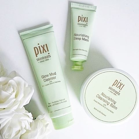 Try a 2 step cleanse using Nourishing Cleansing Balm then Glow Mud #Cleanser! Tone skin with Glow Tonic & drift into dreamland with our Nourishing Sleep #Mask. (link in bio) #PixiByPetra #PixiBeauty #PixiGlow #Skincare #Repost @skinbeauties
