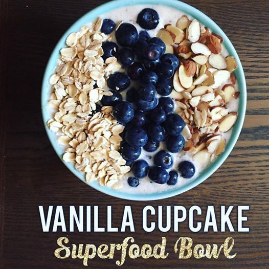 Vanilla Cupcake Superfood Smoothie Bowl! This delicious superfood bowl takes vanilla shakeology and turns it into nice cream!  More shakeology recipes here!