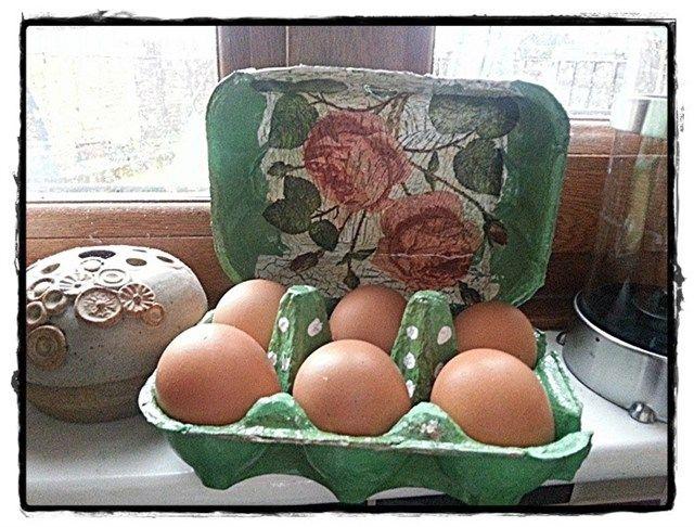 Decoupage egg box :) | docrafts.com