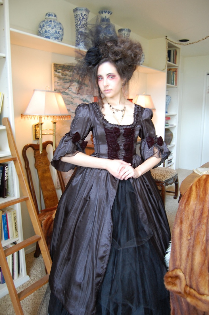 Beautiful Black Victorian Inspired Dress Love The Sleeves Find This Pin And More