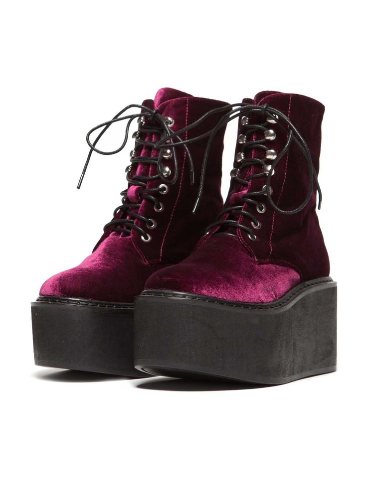 Oh my !!! I LOVE these so much  Purple velvet look gothic platform boots