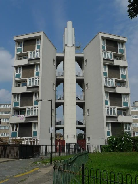 Trevelyan House, designed by Denys Lasdun, built by Bethnal Green Metropolitan Borough Council