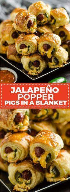 Jalapeno Popper Pigs in einer Decke. Diese würzigen, käsigen Vorspeisen sind perfekt für …