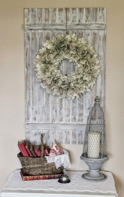 ~ Very cool creation of DIY book wreath for a shabby chic design! Quite easy to make.