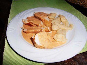 Das perfekte Paprikasch ein Hähnchengericht aus Siebenbürgen - einfach aber sehr lecker-Rezept mit Bild und einfacher Schritt-für-Schritt-Anleitung:…