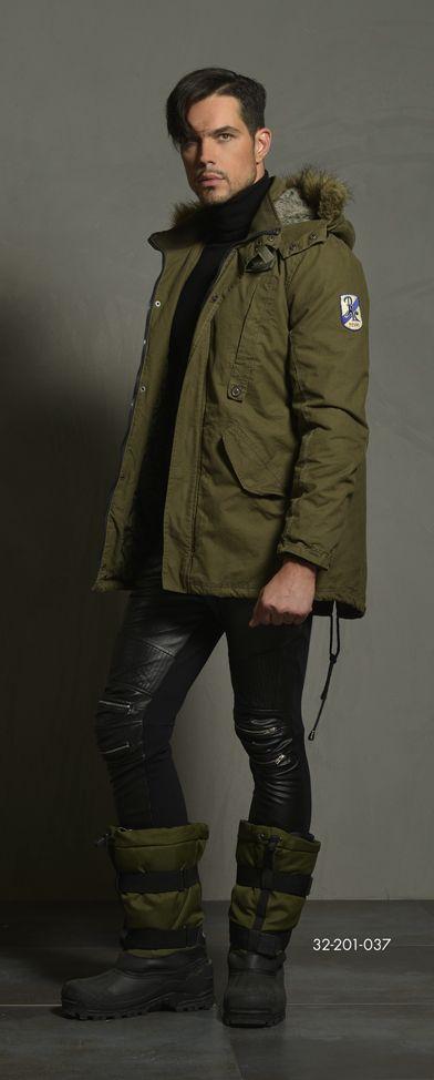 Men's cotton jacket with detachable hood & fake fur around hood & short fake fur on inner hood side. www.biston.gr
