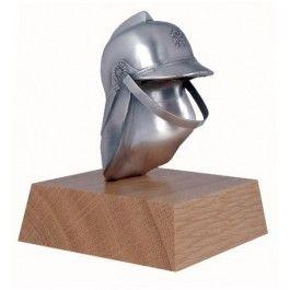 Trophäe Feuerwehrhelm -  Werkstoff:Metallguss -  Oberfläche:Echt versilbert -  Sockel:Holz -  Höhe:12 cm - 43383S - $71.50