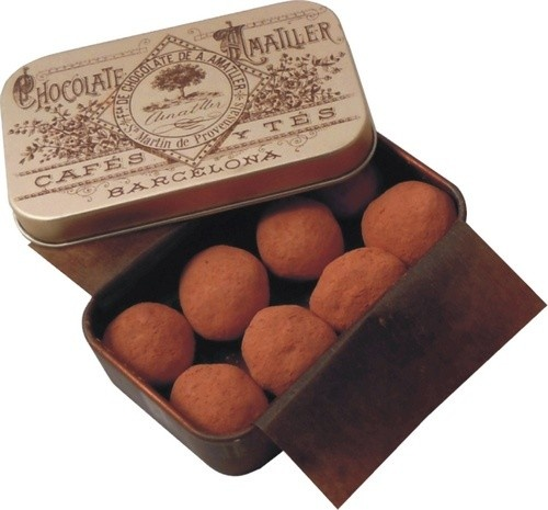 Marcona Almonds Pure Cocoa coated by Amatller Chocolatiers since 1757.
