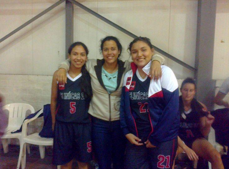 Camila Ramirez, Jessica Tapia y Angie Navarrete, jóvenes esperanzas del Baloncesto Peruano