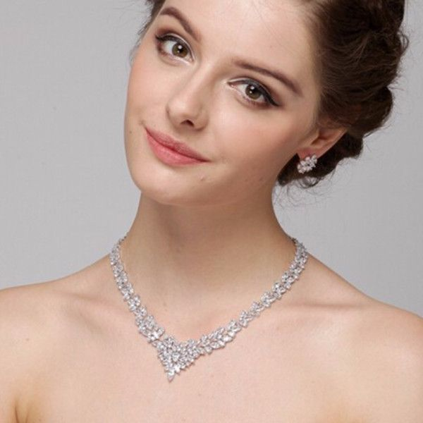 Diamond Imitation Luxury Zircon Necklace Set