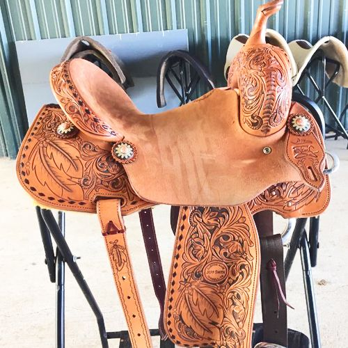 Tami Semas Barrel Saddle to be awarded in Open 4D Barrels
