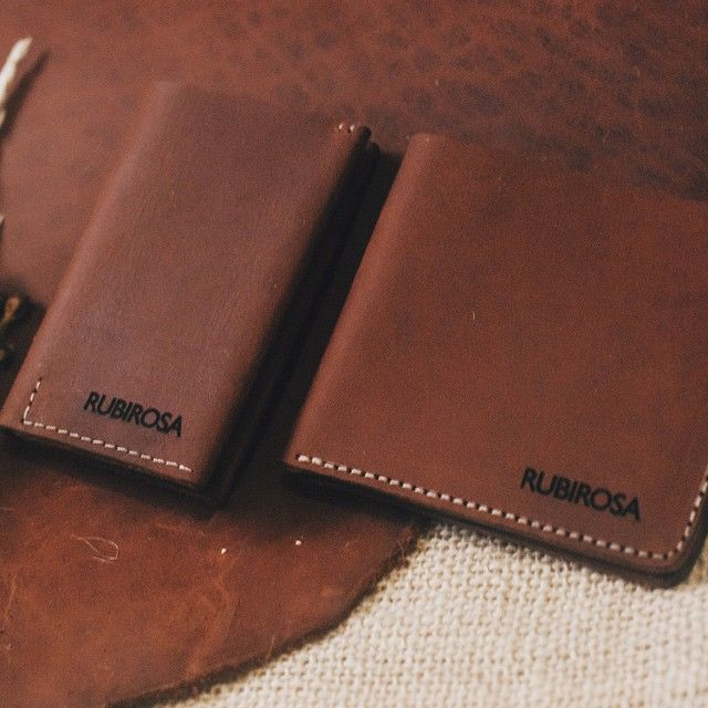 Here's the Gemstone Collection bifold and card wallet in Tan