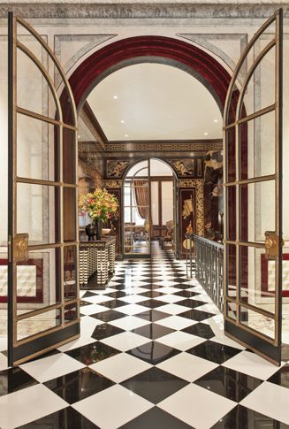 17 best ideas about new york townhouse on pinterest new for Chez leon meuble montreal
