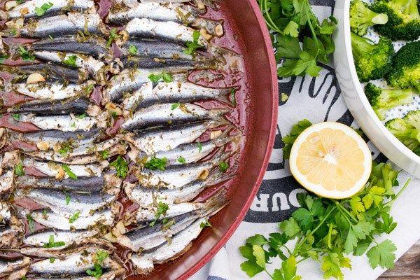 Oven-roasted Sardines With Oregano & Broccoli Salad!