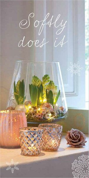 Life & Garden #Christmas Trends 2014: Softly Does It Soft Colours, Glass and Amaryllis Bulbs as #Christmasdecoration.