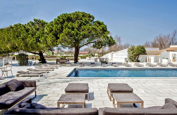 Mas de la Fouque, hotel camargue, france, pool.