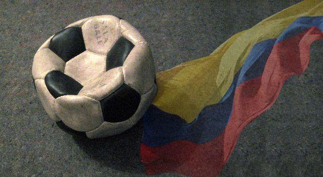 Las 22 cosas más horribles del fútbol colombiano Así o mas realista...