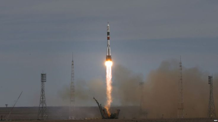 #world #news  Soyuz Capsule Heading For ISS With U.S., Russian Astronauts…  #StopRussianAggression @realDonaldTrump @POTUS @thebloggerspost