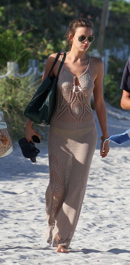 Irina Shayk Photos: Irina Shayk Hits the Beach in Miami