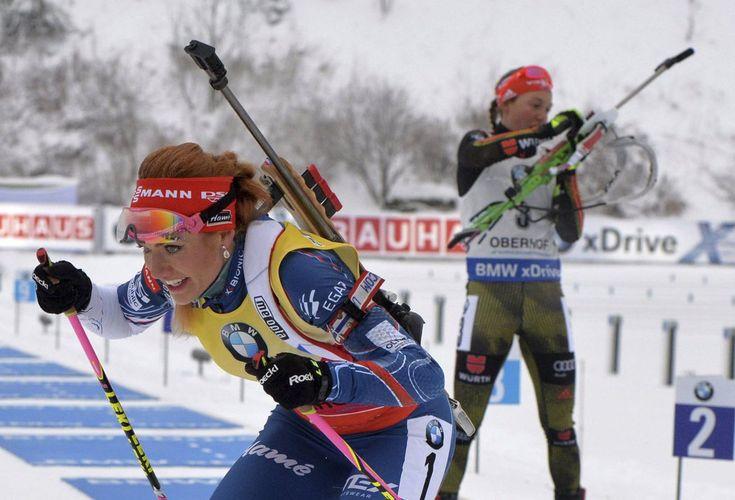 Gabriela Koukalová vyráží do závěrečné pasáže závodu
