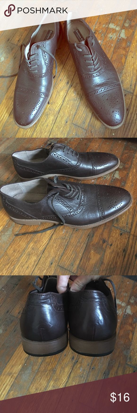 Men's dress shoe Chocolate brown color. Barely worn, light wear to them. aston grey Shoes