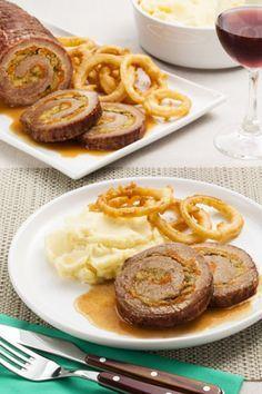 Lagarto recheado com molho, purê e anéis de cebola por Academia da carne Friboi