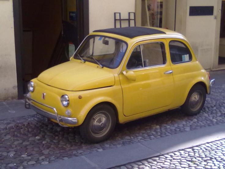Repartidor con estilo - Via Santa Lucia, Padova, Italia