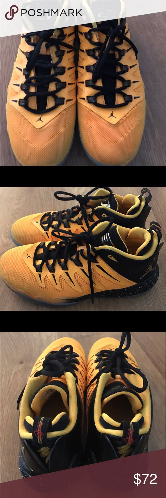Jordan tennis shoes size 7.y boys yellowish basketball Jordan tennis shoe 2016 version .  Lightly worn.  Has a few nicks but good condition.  Great to start the new school year out with these top rated tennis shoes on! Jordan Shoes Sneakers