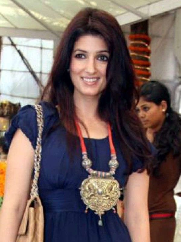 twinkle khanna fashion - Google Search