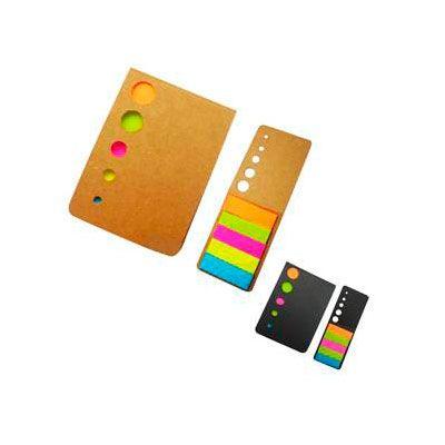 Nota ecológica con sticker. Porta post-it ecológica de cartón reciclado. Colores: Café y negro. Medida: 8 x 6 cm.