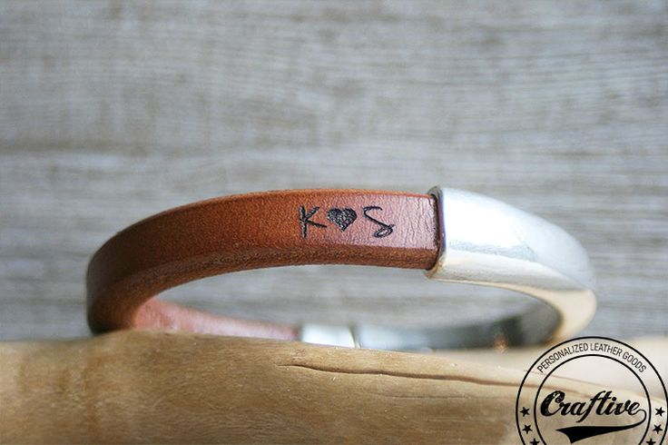 13th-anniversary-gift-for-her-third-anniversary-womens-gift-anniversary-gift-personalize-women-bracelet-regaliz-leather-bracelet-dk-1a