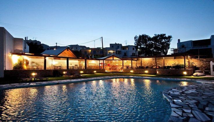 Πάσχα στο Aeolos Bay Hotel στην Τήνο μόνο με 220€!